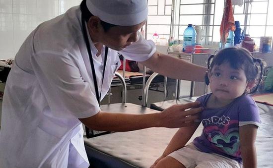 Kiến ba khoang tấn công bệnh viện đa khoa