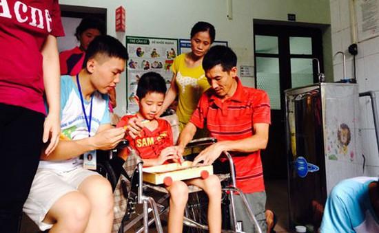 """""""Những đứa trẻ phi thường"""" mang niềm vui đến trẻ em mắc bệnh hiểm nghèo"""