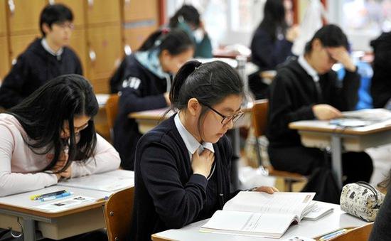 Học sinh Hàn Quốc kém hạnh phúc nhất thế giới vì áp lực học hành