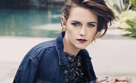 Kristen Stewart đẹp lạnh lùng đầy mê hoặc