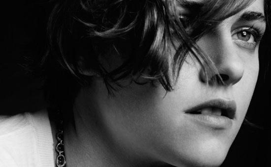 """Kristen Stewart: """"Tôi là người bốc đồng và lập dị"""""""