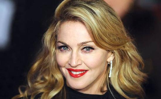 """Madonna thẳng thừng chê """"50 sắc thái"""""""