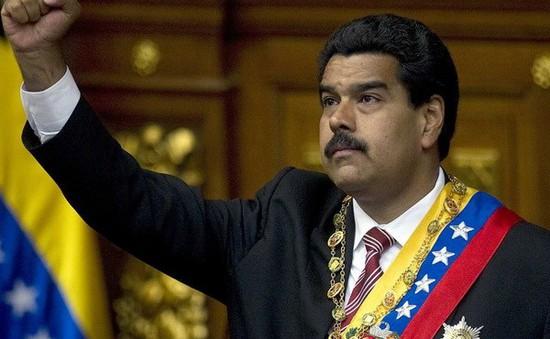 Tổng thống Venezuela đề nghị được trao thêm quyền hạn
