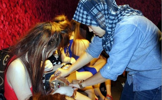 Cảnh sát Malaysia giải cứu phụ nữ Việt Nam khỏi tụ điểm mại dâm
