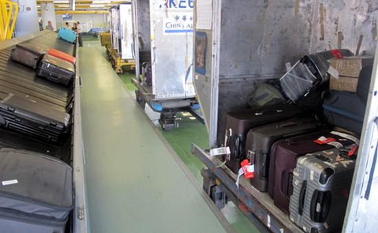 Phát hiện nhiều vụ mất cắp hành lý tại sân bay nhờ camera an ninh