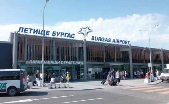 Máy bay chở khách hạ cánh khẩn cấp tại Bulgaria vì nghi bị đặt bom