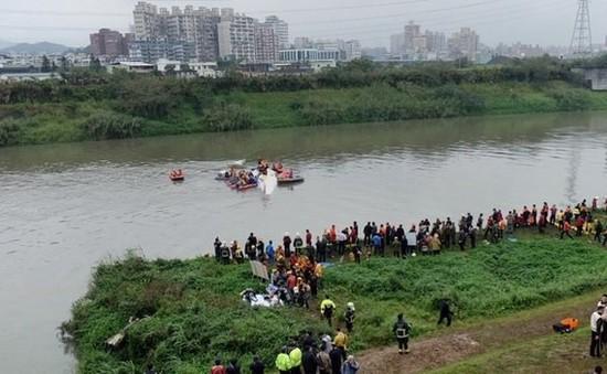 Vụ rơi máy bay tại Đài Loan: Do cháy động cơ