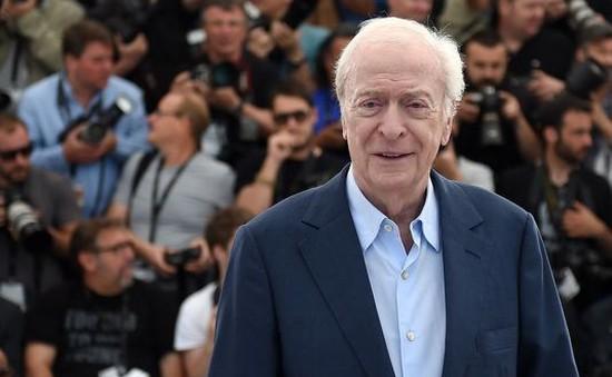 """Huyền thoại Michael Caine: """"Cannes giống như rạp xiếc"""""""