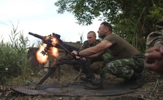 Lệnh ngừng bắn tại miền Đông Ukraine bị vi phạm, 3 người thiệt mạng