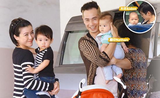 Vợ chồng Trần Hào rạng rỡ bên 2 quý tử đáng yêu