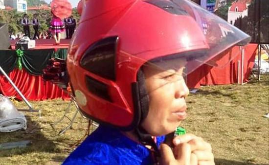 Mũ bảo hiểm dành riêng cho phụ nữ dân tộc Thái sẽ được hỗ trợ sản xuất