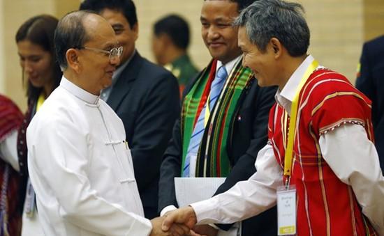 Quốc hội Myanmar phê chuẩn thỏa thuận ngừng bắn quốc gia