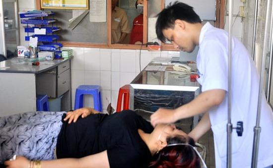 TP.HCM: Hơn 30 công nhân nhập viện do ngạt khí sơn
