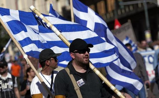 Hy Lạp: Căng thẳng do sắc lệnh huy động tiền dự trữ