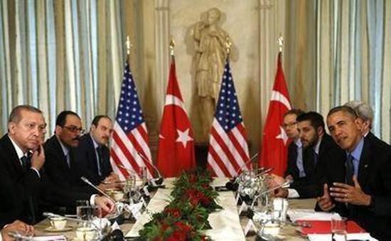 Tổng thống Mỹ kêu gọi Nga, Thổ Nhĩ Kỳ giảm căng thẳng