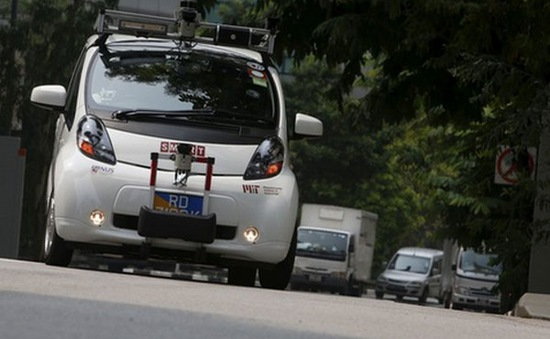 Thử nghiệm ô tô không người lái tại Singapore