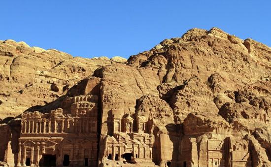 Jordan:Câu chuyện của những chú ngựa kéo xe ở Petra