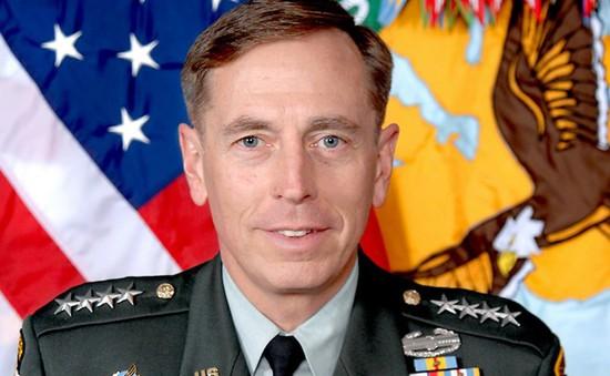 Mỹ: Cựu giám đốc CIA bị phạt 2 năm tù treo vì lộ tin mật