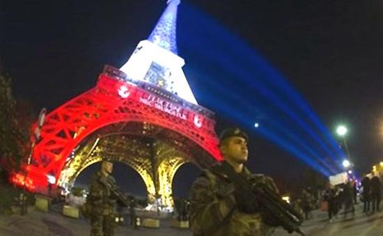 Kinh tế Pháp có thể thiệt hại 2 tỷ Euro do vụ khủng bố ở Paris