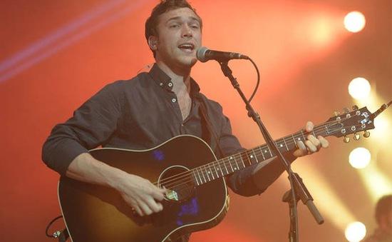 Cựu quán quân Phillip Phillips đâm đơn kiện American Idol