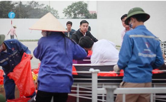 Hải Dương: 8.000 công nhân đồng loạt trả lại quà Tết