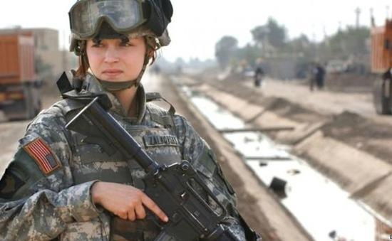 Quân đội Mỹ cho phép quân nhân nữ tham chiến