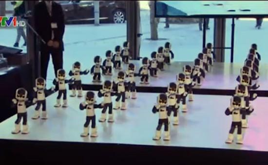Chiêm ngưỡng màn nhảy điêu luyện của 100 robot