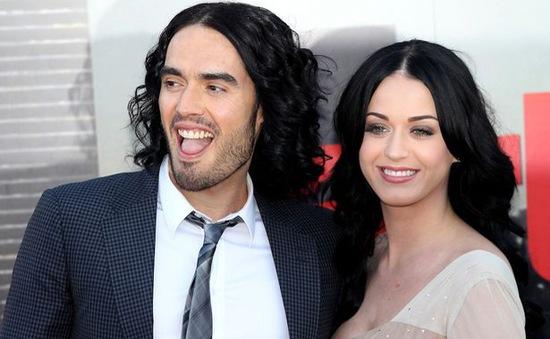 Katy Perry bị chồng cũ lạnh lùng bêu xấu