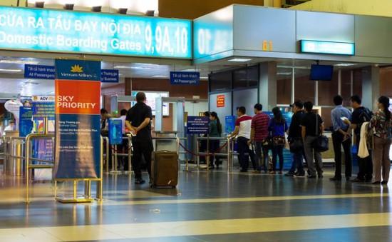 Giả danh nhân viên sân bay để lừa đảo