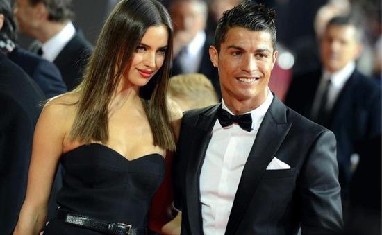 Sau Irina Shayk, tới lượt Ronaldo xác nhận đã độc thân