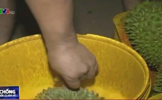 Đăk Lăk: Tiêu huỷ hơn 1.300kg sầu riêng nhúng hoá chất