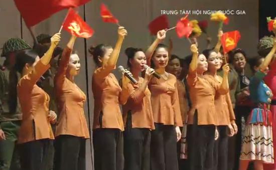 Việt Nam - Thời đại Hồ Chí Minh: Hào hùng và xúc động