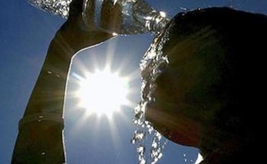 Serbia nâng cảnh báo nắng nóng lên mức báo động đỏ