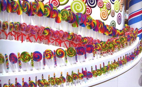 Những cửa hàng kẹo long lanh nhất thế giới