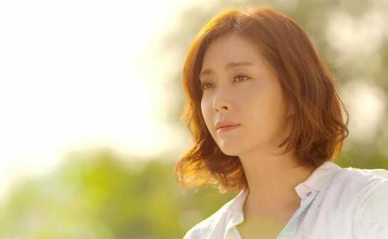 Song Yoon Ah lấy nước mắt khán giả với vai diễn đầy cảm động trong 'Tình mẹ'