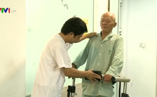 Hướng dẫn bài tập cơ bản cho người cao tuổi