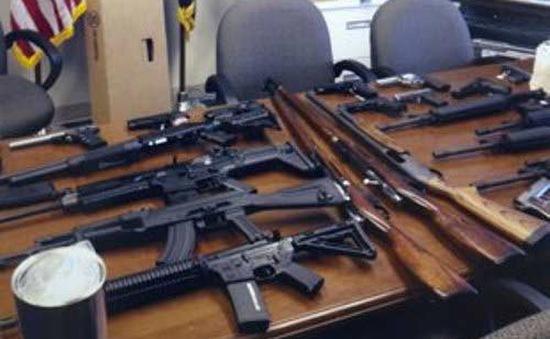 Mỹ bắt giữ nhiều sinh viên âm mưu thực hiện xả súng
