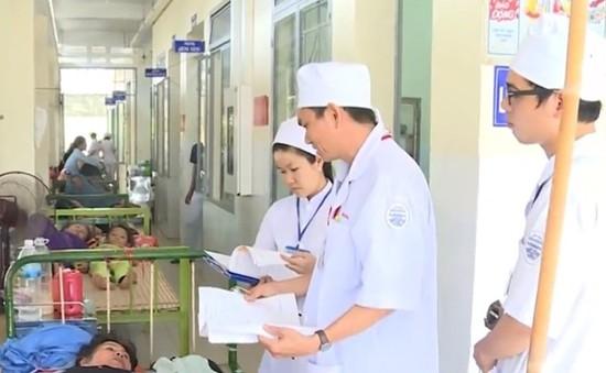 Quá tải bệnh viện do sốt xuất huyết tại Khánh Hòa