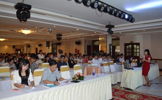 Gần 200 cán bộ y tế tập huấn tư vấn cai nghiện thuốc lá tại Cần Thơ