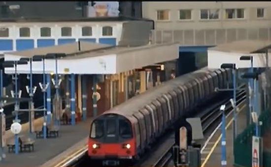 Hệ thống tàu điện ngầm ở London phải dừng hoạt động?