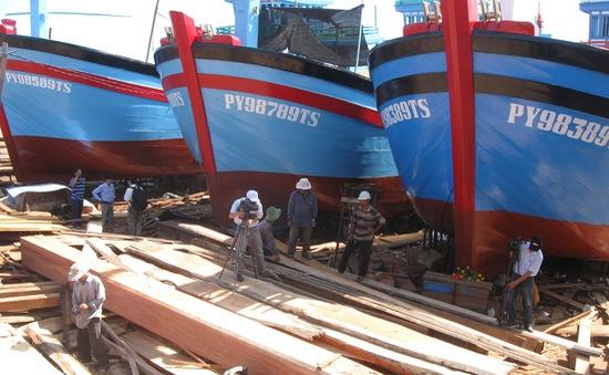 Phú Yên hạ thủy tàu cá theo Nghị định 67
