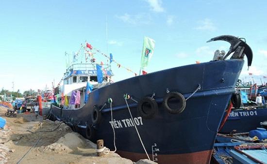Hạ thủy tàu cá vỏ thép thứ 3 cho ngư dân Quảng Ngãi