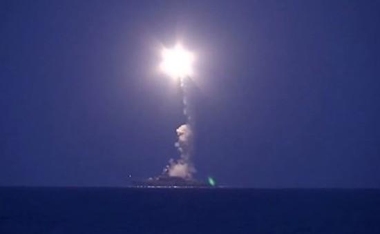 Tàu chiến của Nga nã 26 quả tên lửa vào các mục tiêu của IS