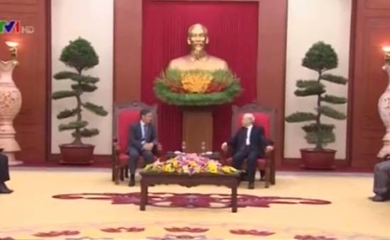Tổng Bí thư Nguyễn Phú Trọng tiếp tân Đại sứ Lào