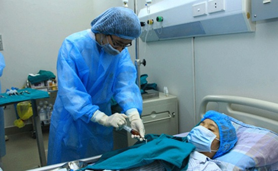 Điều trị các bệnh về máu bằng tế bào gốc