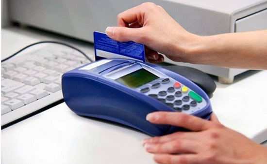 Thanh toán qua thẻ ngày càng phổ biến