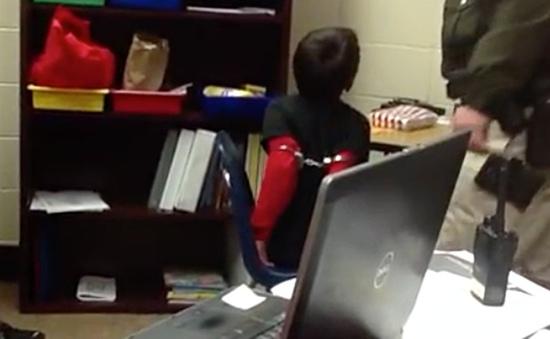 Mỹ: Cảnh sát còng tay học sinh lớp 3 vì quá nghịch ngợm