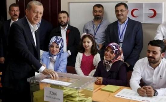Thổ Nhĩ Kỳ tổ chức bầu cử Quốc hội