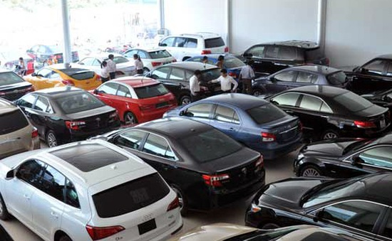 Thuế tiêu thụ với ô tô dung tích trên 6.000cm3 sẽ tăng 150%