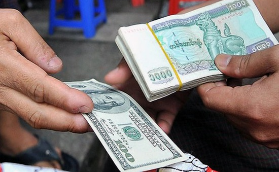 Myanmar siết chặt kiểm soát sử dụng đồng USD